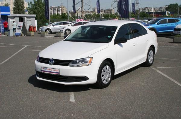 Volkswagen Jetta з пробігом можна придбати в кредит від 76 грн в день!